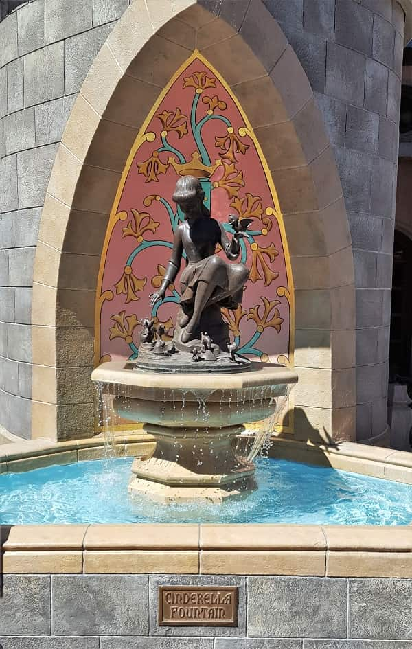 Cinderella Fountain in Magic Kingdom is a Hidden Gem