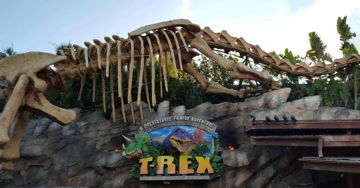 Inside t rex cafe at disney springs disney insider tips for Disney dining t rex cafe