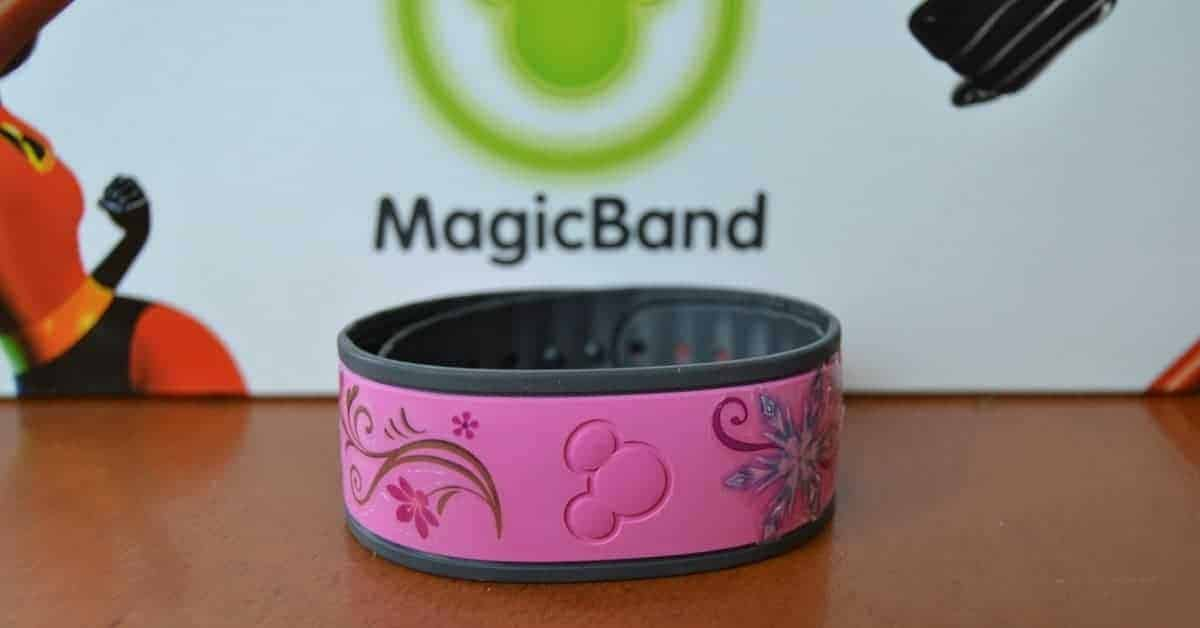 Decorating MagicBands with Tattoos