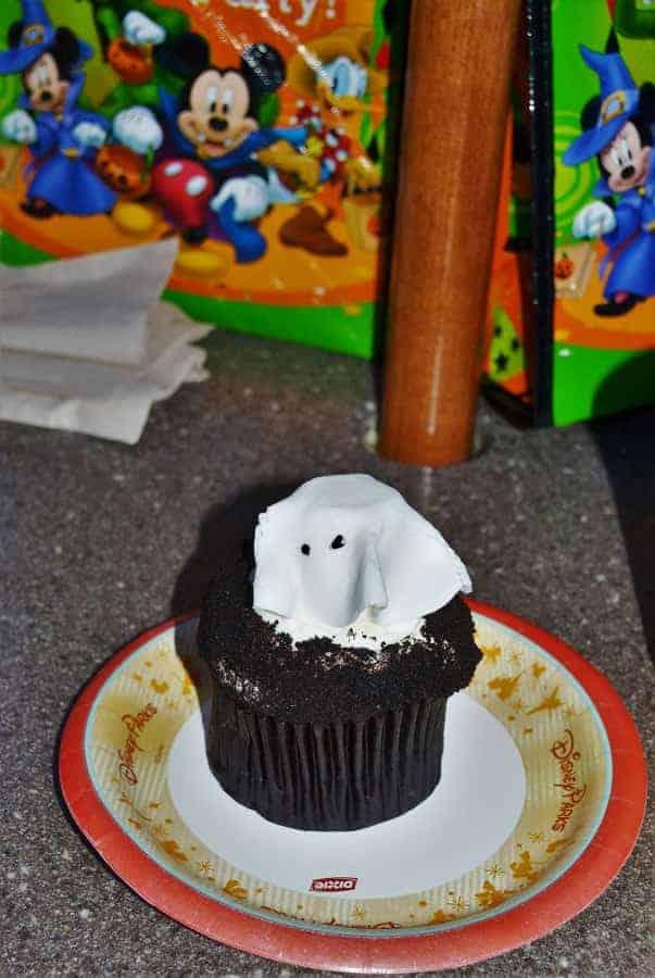 Ghost Cupcake at Disney