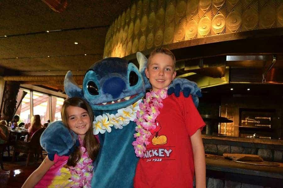 Stitch 'Ohana Meet & Greet