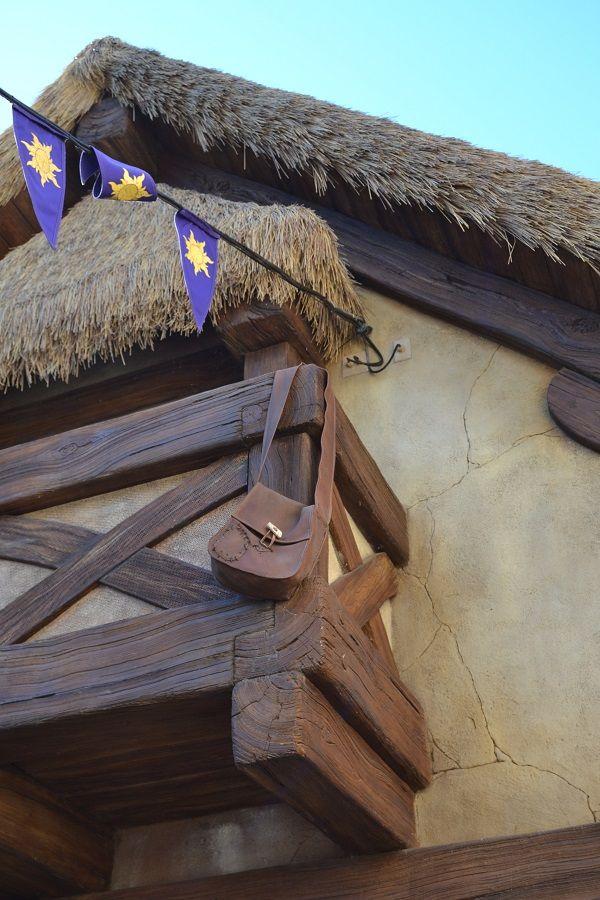 Rapunzel's Village (Decorations)