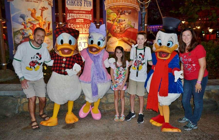 Mickey's Very Merry Christmas Party Character Meet & Greets