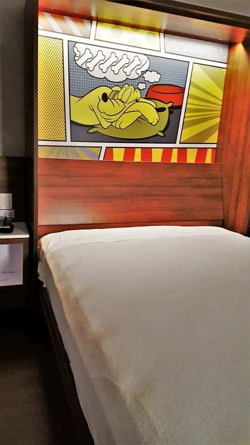 Murphy Bed at Pop Century