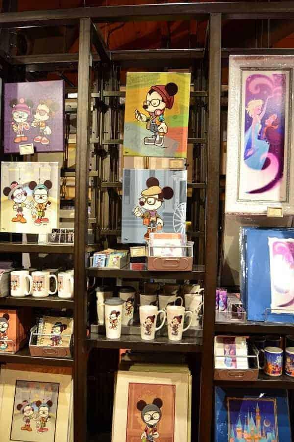 Art in Marketplace Co Op in Disney Springs