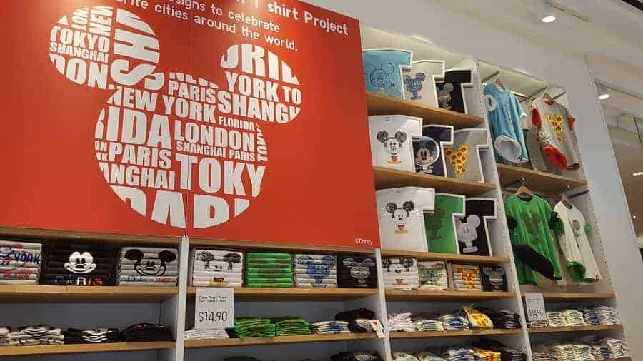 T-shirt displays in Uniqlo