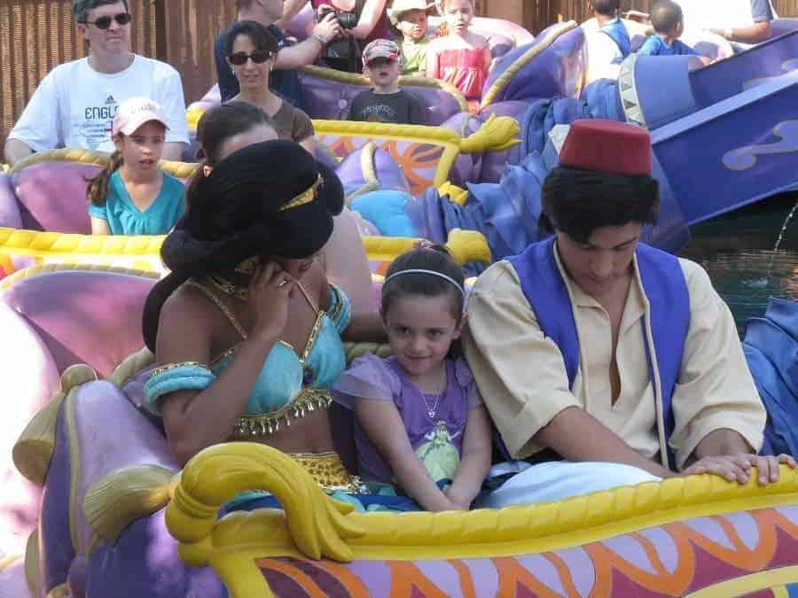 Princess Jasmine & Aladdin on Magic Carpet Ride