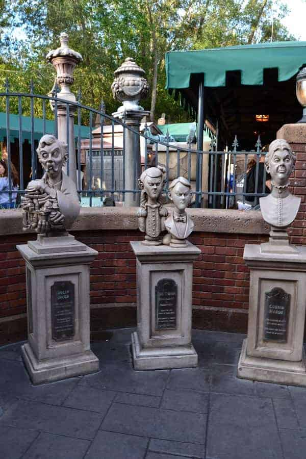 Funny Busts at Haunted Mansion