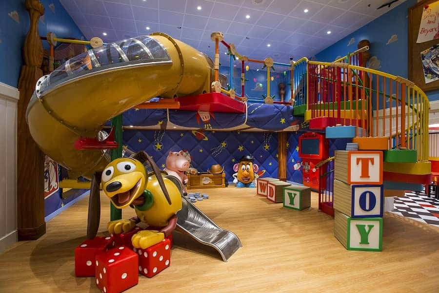 Youth Activities on a Disney Cruise