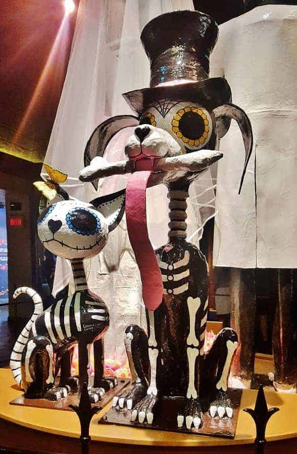 Day of the Dead Animal Sculpture (Coco)