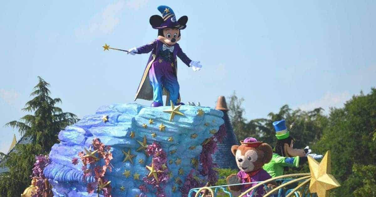 parade in Disneyland Paris