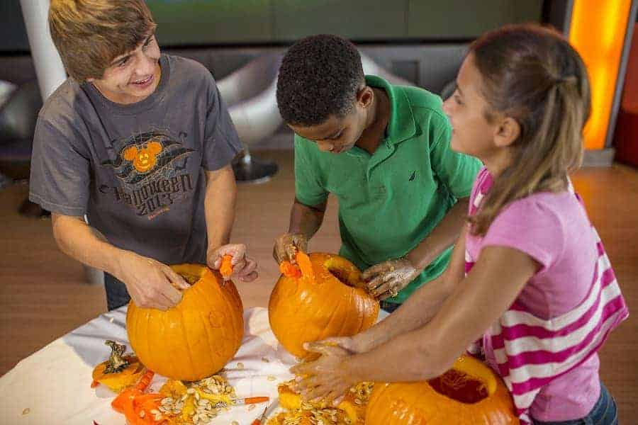 Teen activities on Disney Halloween Cruise