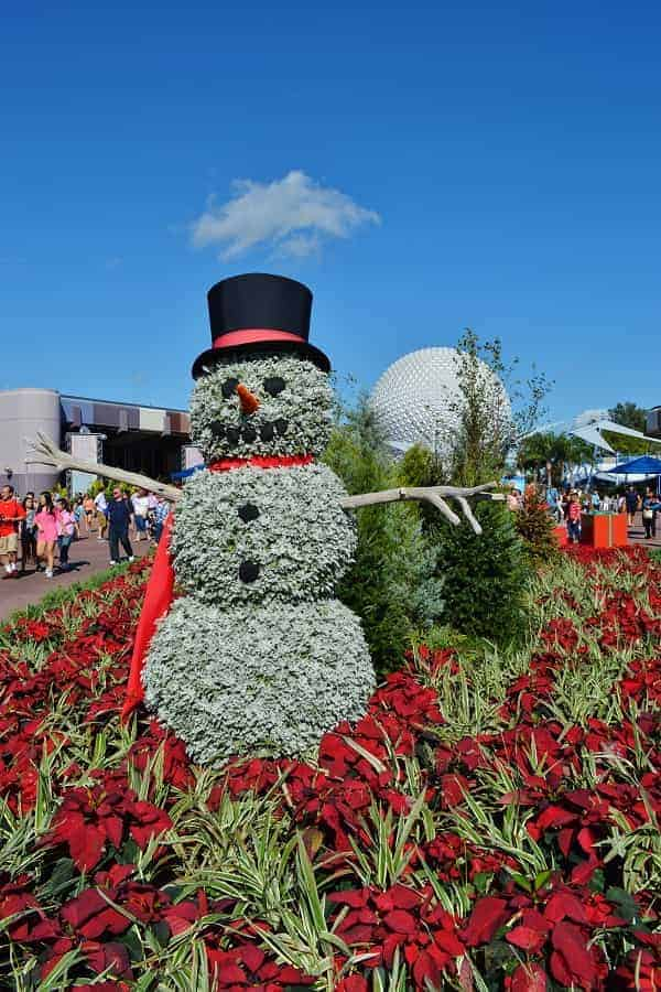 Snowman Topiary at Epcot