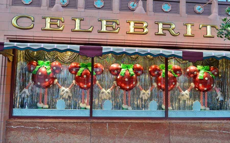 Hollywood Studios Christmas Decor
