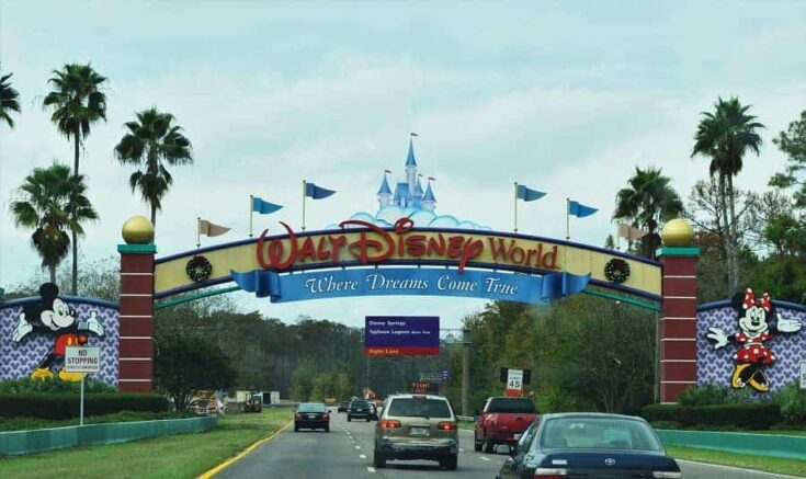 10 Ways to Save Money on a Disney Vacation