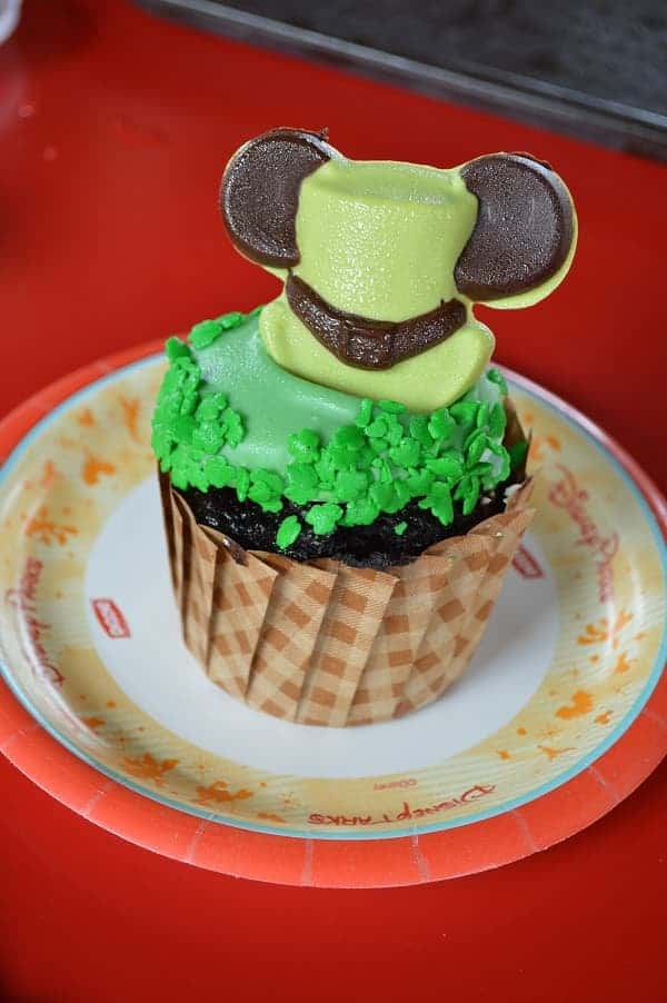 St Patrick's Day Cupcake at Disney