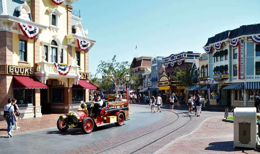 Disneyland Main Street USA