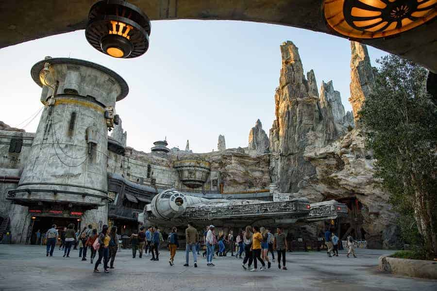 Millenium Falcon in Disneyland