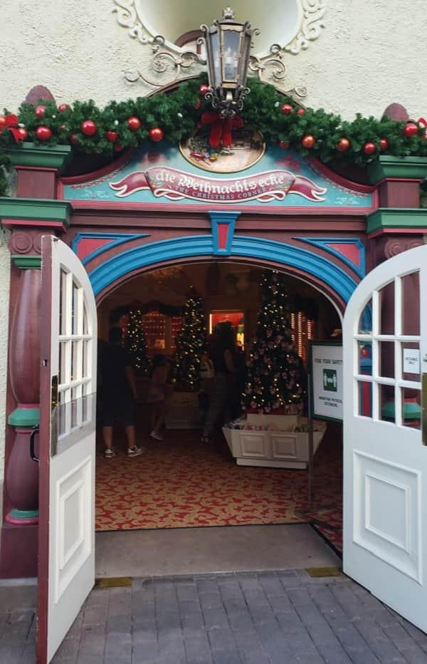die Weihnachtsecke in Germany Pavilion