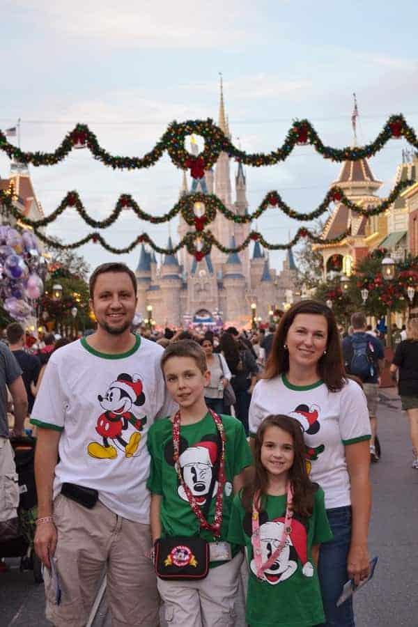 Disney Christmas Outfits