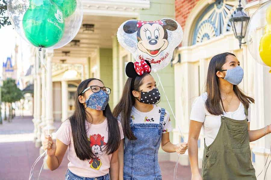 Wearing Face Masks in Disney World