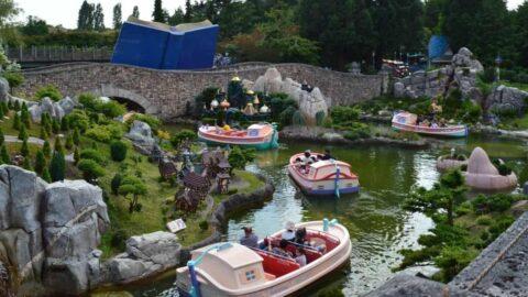 Storybook Canal Ride in DisneylandParis