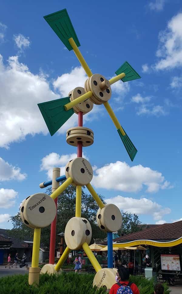 Tinker Toy Display Disney Springs